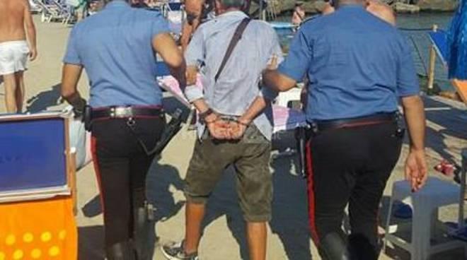 riviera 24 - arresto borseggiatore bagni lido fontana