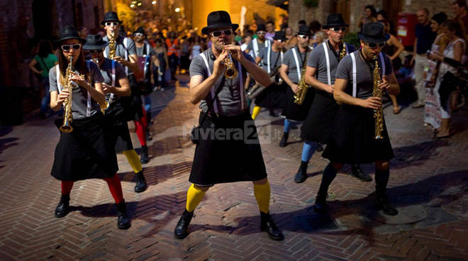 """riviera24 - """"Arma in Marching Band"""""""