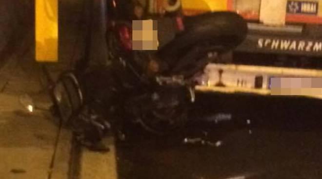 riviera24 - incidente tunnel autostrada soccorsi