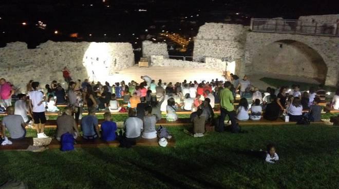 riviera24 - teatro della tosse al castello di taggia