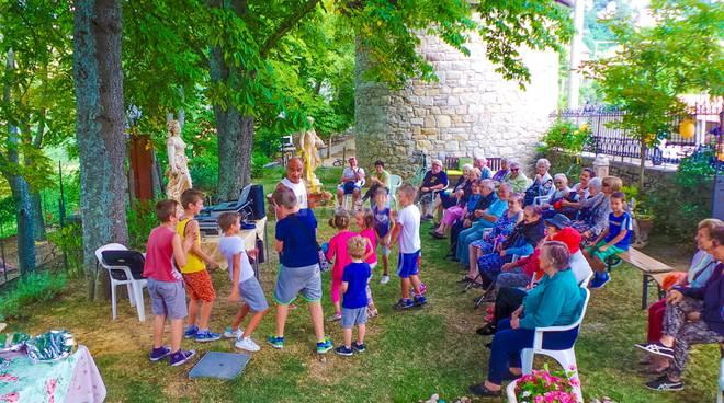 riviera24- Una giornata di musica ed allegria tra il verde e l'aria fresca di Bajardo