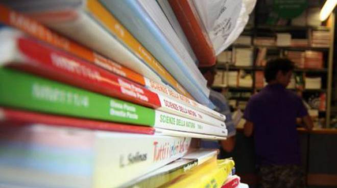 Scuola, libri di testo