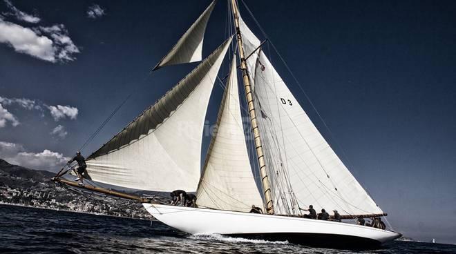 Riviera24 - 15 meter Class Trophy - The Schooner Cup