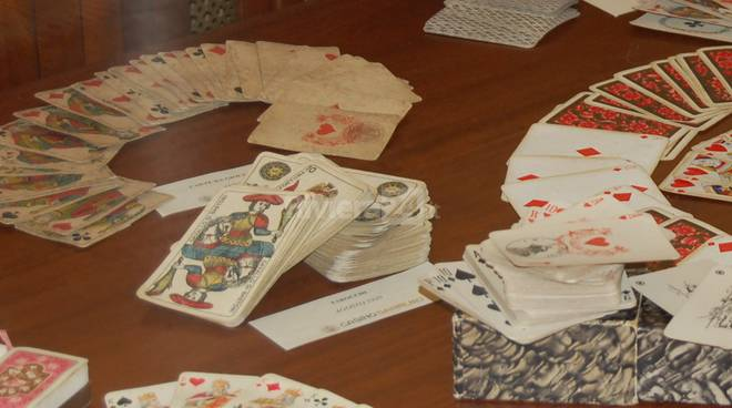 riviera24- carte da gioco mostra casinò