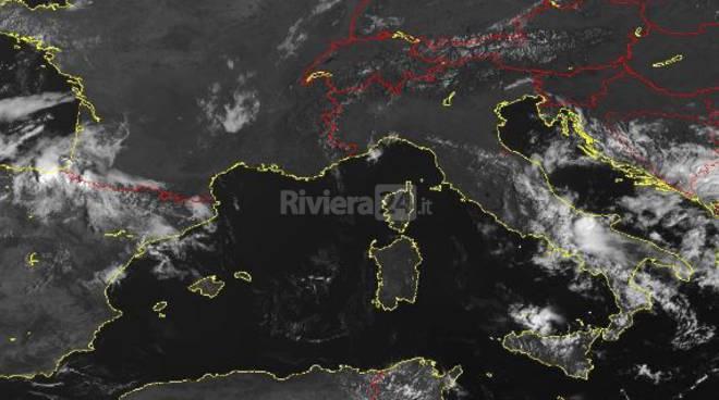 riviera24 -  Meteo, fine settimana pienamente estivo in Liguria