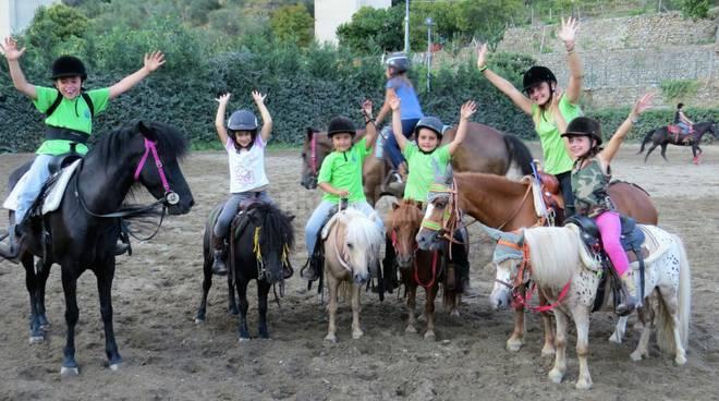 """riviera24 - Ragazzi del """"The River Ranch"""" a Vallelunga"""
