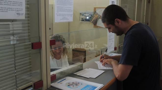 riviera24 - Taggia, prima carta d'identità con l'assenso alla donazione di organi e tessuti