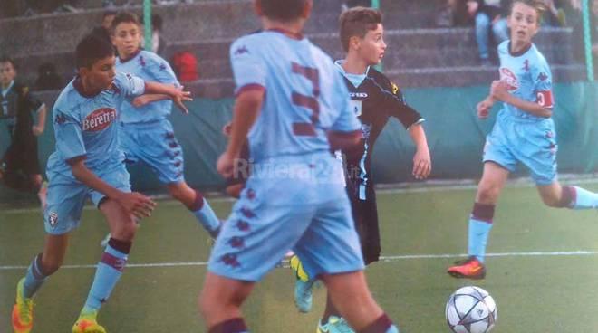 riviera42 - Alex Paraschiva (ex Ventimiglia) debutta con l'Entella battendo Juve e Genoa
