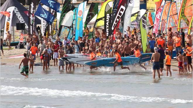 windfestival diano marina