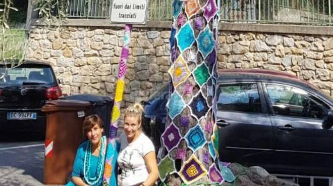 Yarn bombing a Bordighera