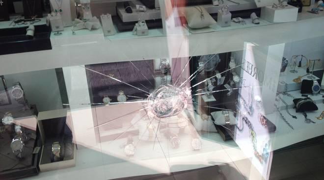 specchio del casinò selvaggio di tornado