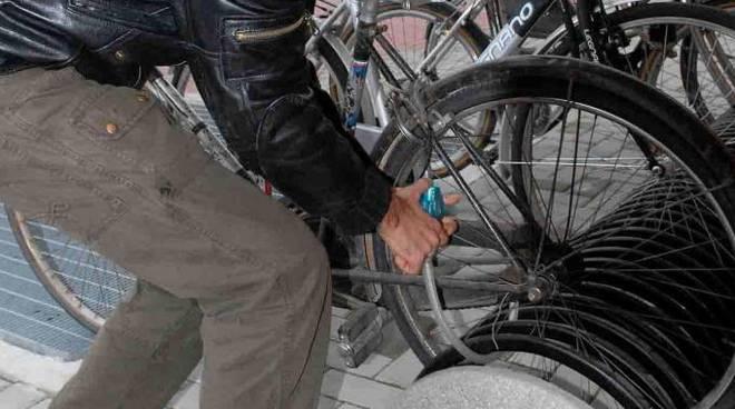 Riviera24 - Ladri di biciclette