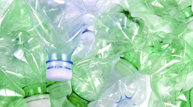 Riviera24 - plastica, rifiuti