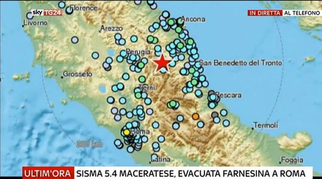 Terremoto, due scosse in centro Italia LIVEBLOG