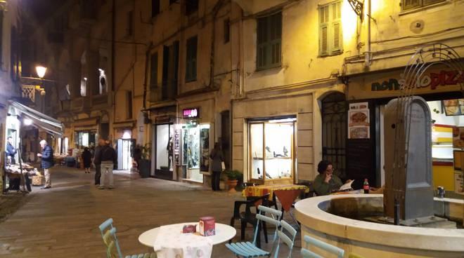 chiusura negozio Mago delle scarpe Sanremo