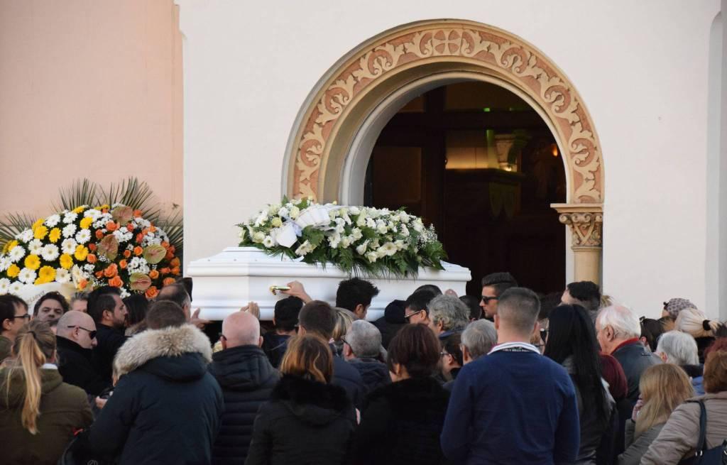 riviera24 - Ivan Trivieri, i funerali funerale