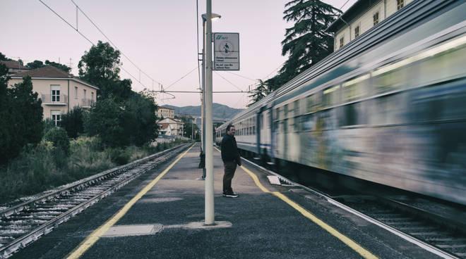 riviera24 - Linea ferroviaria costiera