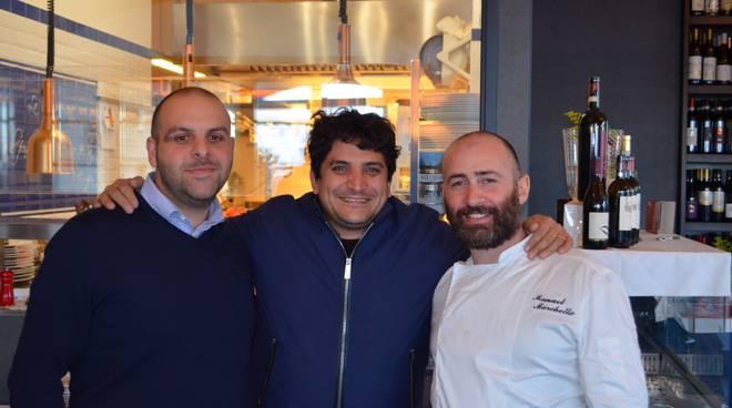 Riviera24 - Sanremo, chef Mauro Colagreco a pranzo da Ittiturismo MB Patrizia