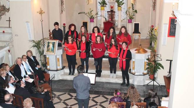 """riviera24 - Concerto di Natale dei cori """"Armonia"""", """"Note di Latte"""" e """"Notre Dame de rencontre"""""""