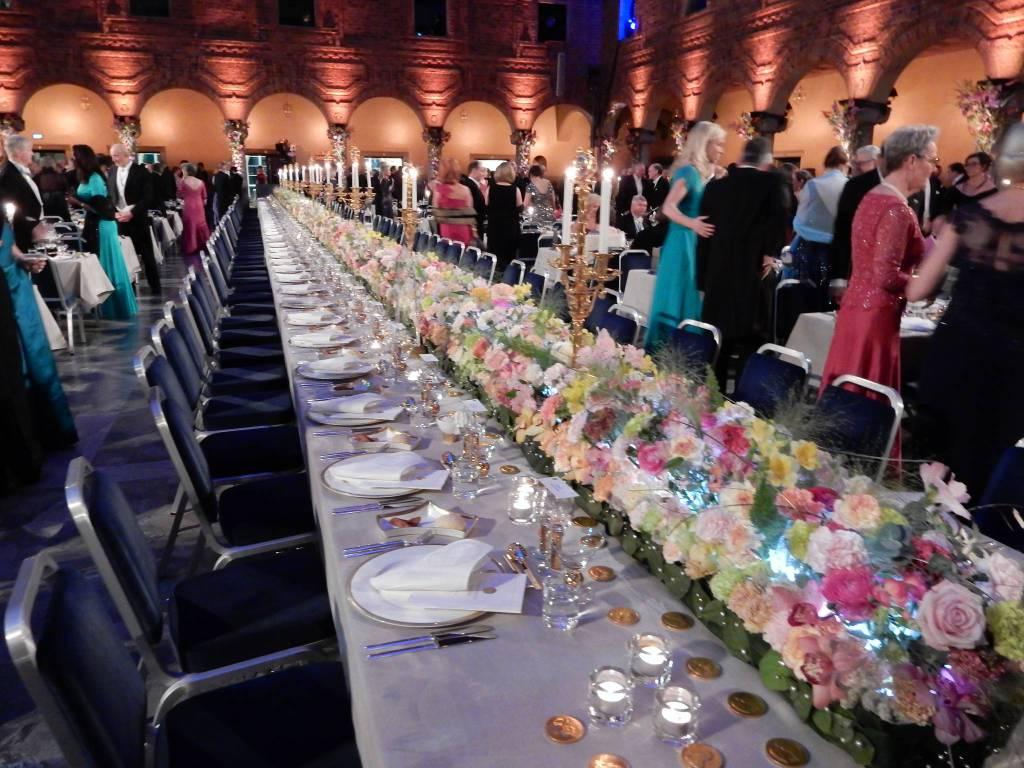 riviera24 - Fiori di Sanremo alla consegna dei Premi Nobel