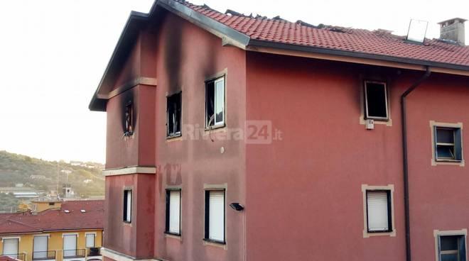 riviera24 - Incendio a San Bartolomeo