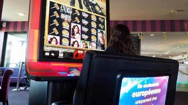 Riviera24 -  più grande modello di slot-machines del mondo