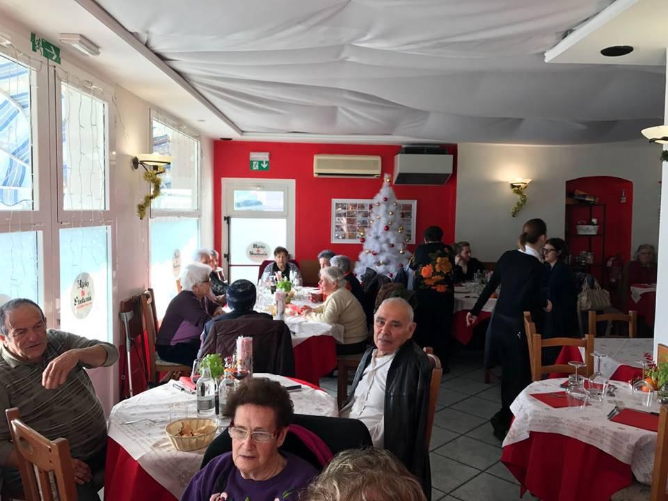 riviera24 - pranzo di natale anziani riva ligure