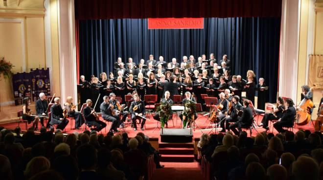 riviera24 - Sanremo, Concerto di natale al Casinò: suona l'Orchestra Sinfonica