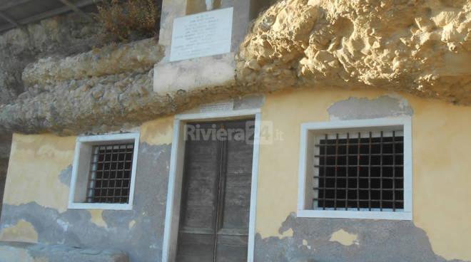Riviera24 - Grotta dell'Arma - Chiesetta dell'Annunziata
