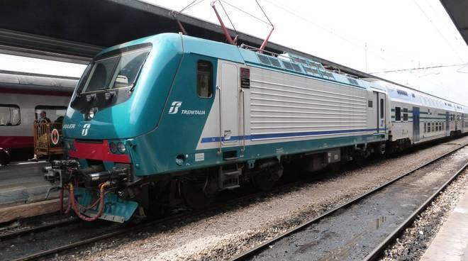 Trasporti treni straordinari per i rientri dalle riviere - Orari treni milano centrale genova porta principe ...