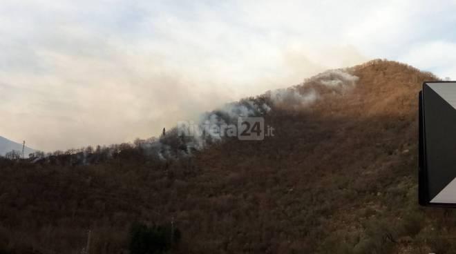 riviera24 - Valle Arroscia nell morse dei piromani