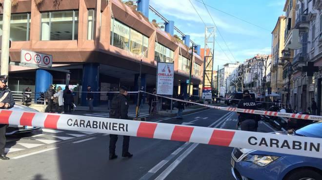 Falso allarme bomba a Sanremo, scatola sospetta vicino all'Ariston