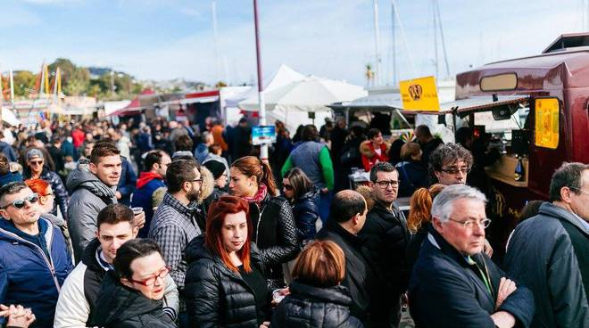 riviera24 - Street Food Festival Portosole