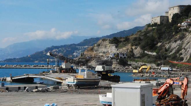 Ventimiglia, cantiere porto