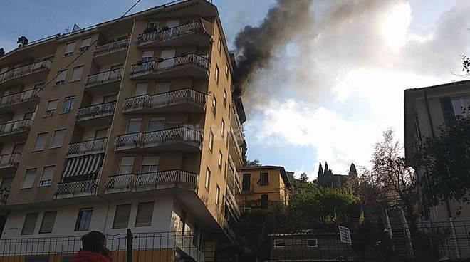 Sanremo, marito e moglie morti nell'incendio del loro palazzo
