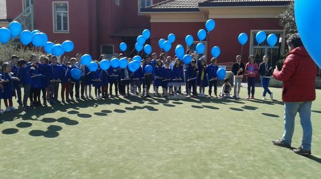 iviera24 - alunni santo stefano giornata autismo 2017