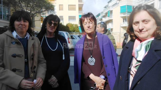 Riviera24 - Associazione Matteo Bolla defibrillatore scuola  Montessori Sanremo