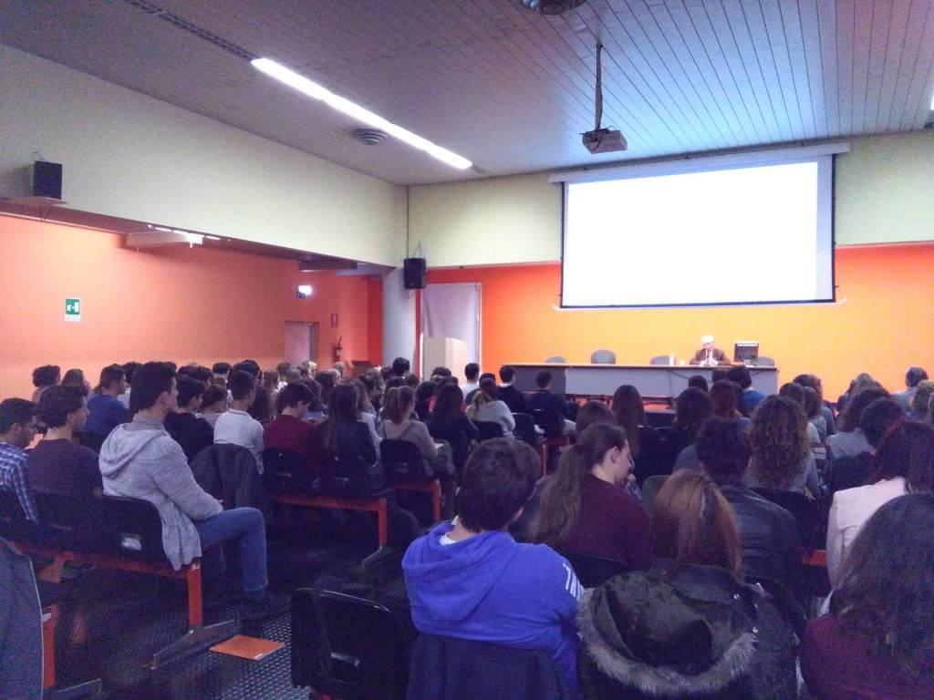 riviera24 - Franco Montanari al Liceo Vieusseux