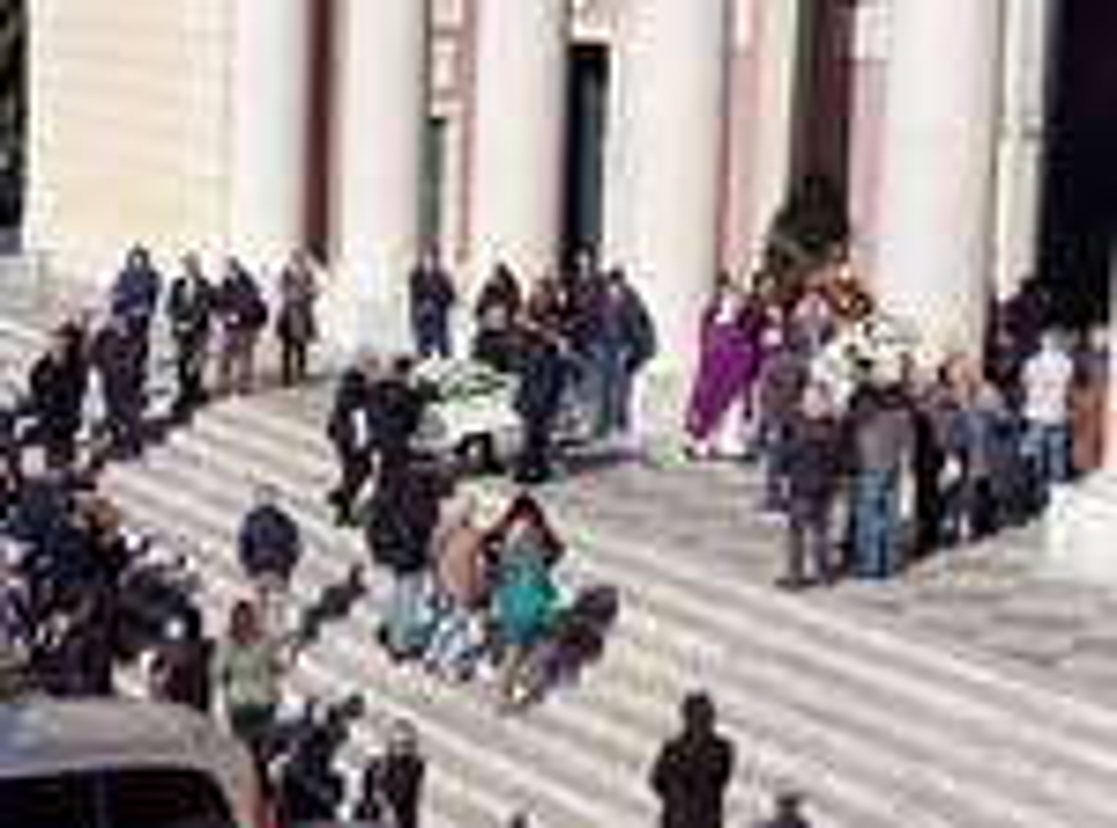 riviera24 - Funerale di Stefano Bertè