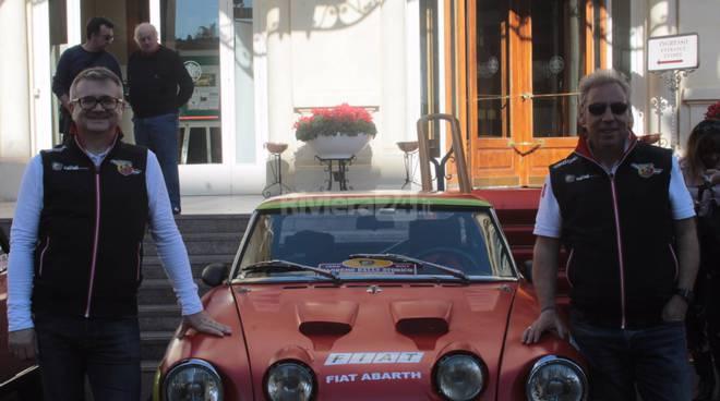 riviera24 - Il Ritmo Abarth sbarca al Casinò tra ricordi, aneddoti e velocità