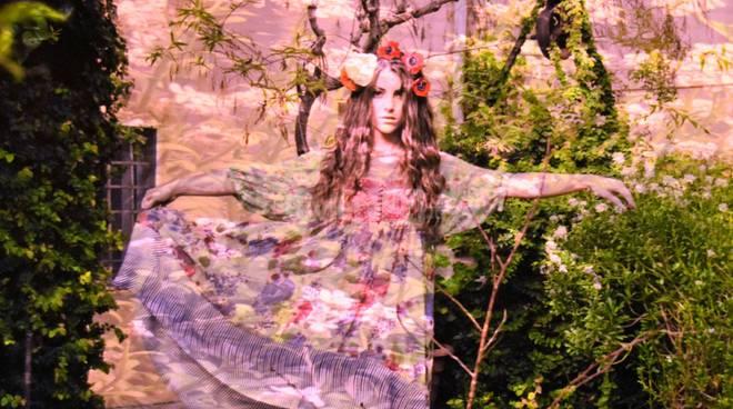 """riviera24 -  Katerina Bonfiglio con la mostra """"Rose. Realtà sanremese"""""""