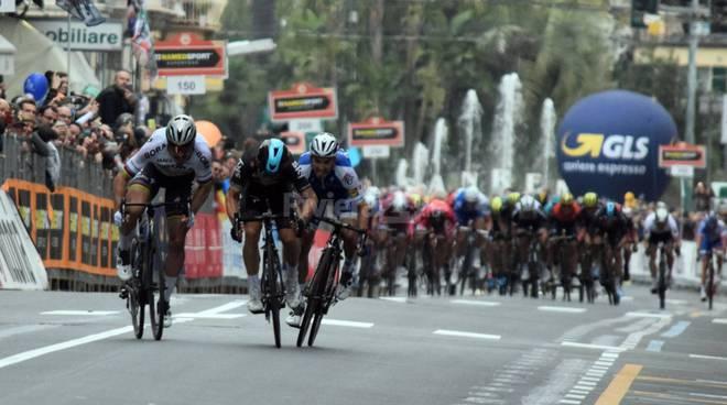 Milano-Sanremo, Nibali e Viviani sfidano Sagan e Kwiatkowski