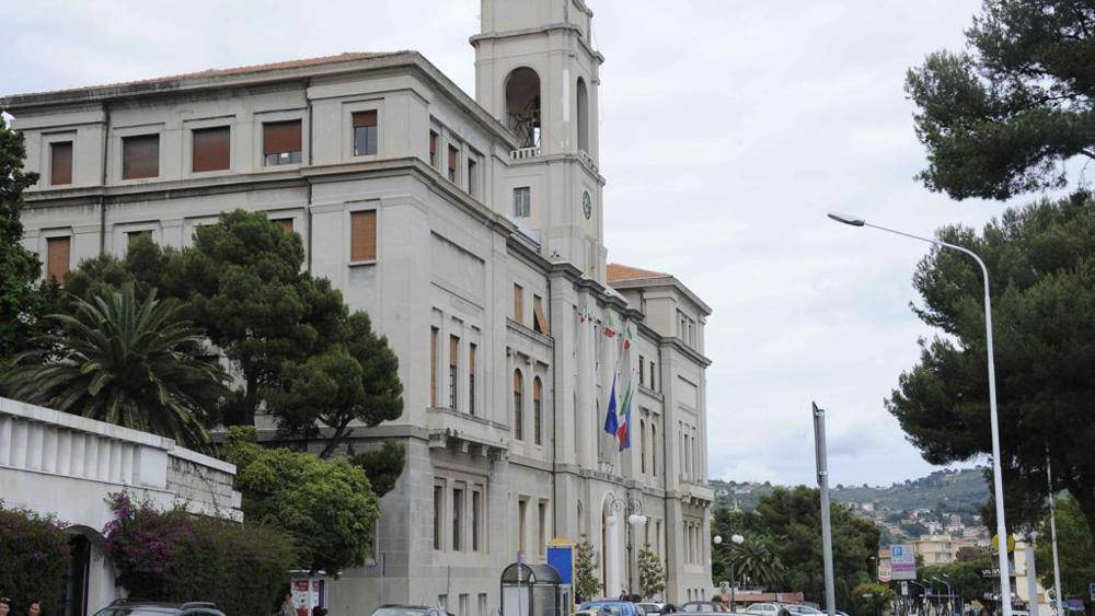 Da Ventimiglia a Imperia, il retaggio del fascismo in ...