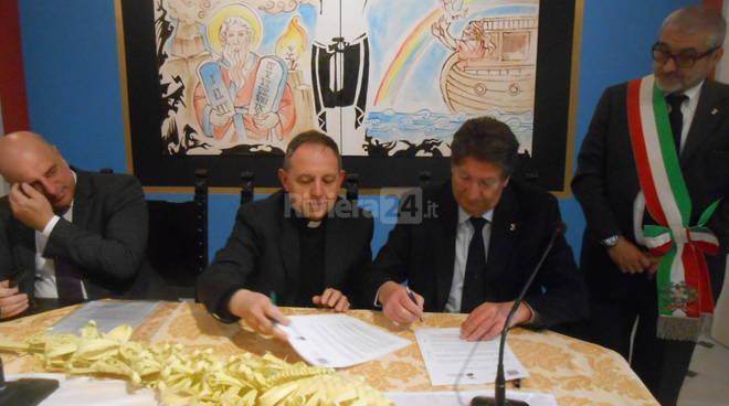 Riviera24 - accordo citta olio vescovo palmureli 2017