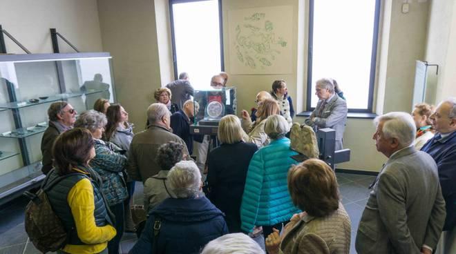 riviera24 - I Lions di Genova e il Club UNESCO in visita al MAR di Ventimiglia