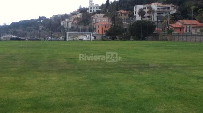 riviera24 - Inaugurato il campo sportivo in erba di via Arziglia a Bordighera