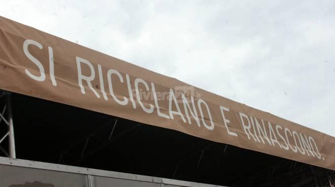 Riviera24 - Sanremo, a scuola di raccolta differenziata con Comieco
