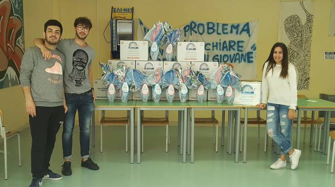 """riviera24 - """"Un uovo per amico"""""""