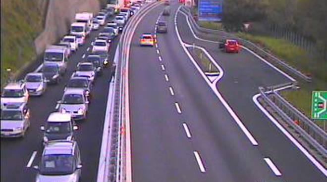 Viabilit da bollino rosso per il ponte del 25 aprile il for Traffico autostrade in tempo reale