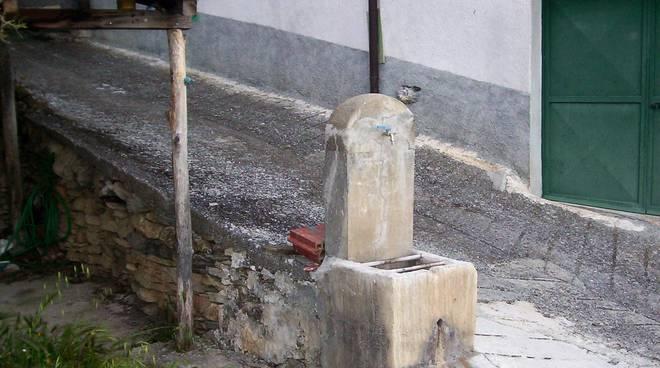 riviera24 - Fontane a Trovasta ed Acquetico